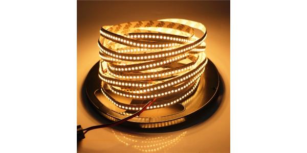 Tira LED 19.2W x metro.24VDC, SMD3528. Rollo 5 metros. 240 LEDs/metro. Uso Interior - IP20