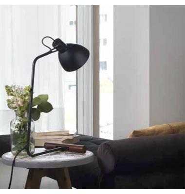 Lámpara de sobremesa AITO de la marca Aromas. 230*552mm. 1*E27